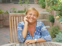 Catherine Devrux, psychologue, responsable de l'asbl Relaxeau. Spécialiste des personnes à haut potentiel. Auteure. Praticienne en EMDR et en hypnose Ericksonnienne.